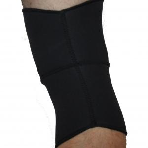 Knäskydd med öppning för knäskålen