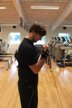 bkpam255221_bicepsslut_2
